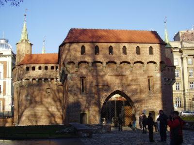 Barbakan a městské opevnění Krakova