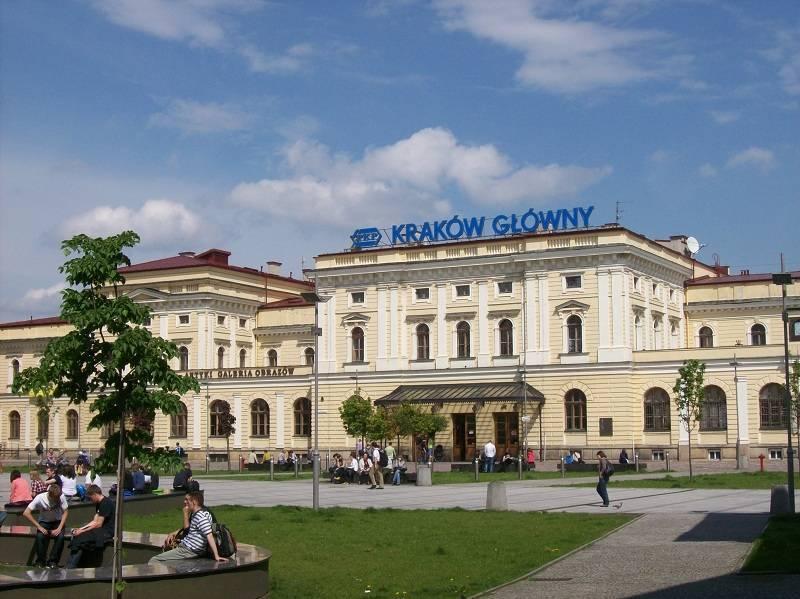 Doprava do Krakova: Jak do města a jak na letiště?
