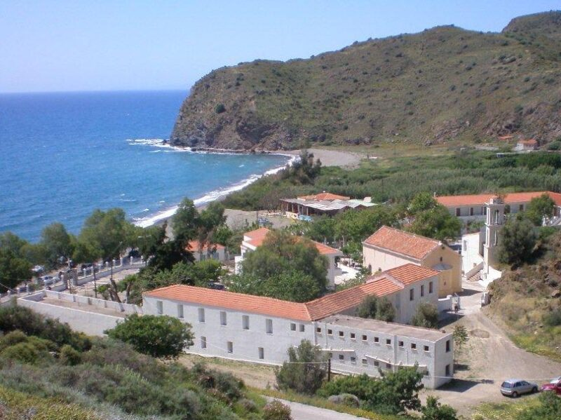 Agia Markella: klášter patronky ostrova