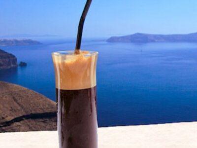Nápoje v Řecku: uzo, Metaxa a řecká káva